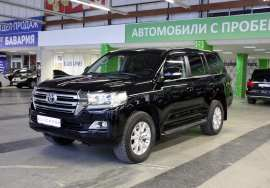 Toyota Land Cruiser, 200 Series Рестайлинг 2 2015 3 700 000 RUR